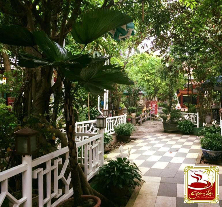 Cafe sân vườn Giáng Xưa