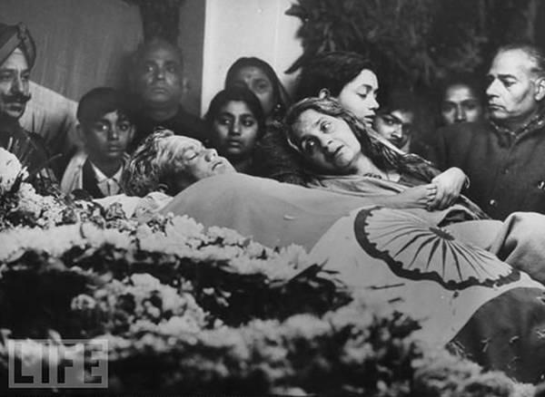Mọi người xung quanh cái chết của  Lal Bahadur Shastri