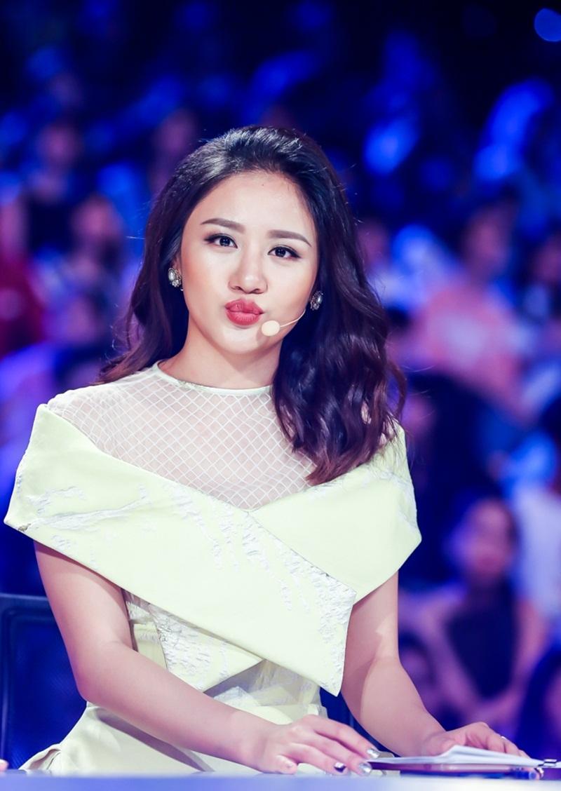 Nữ ca sĩ Văn Mai Hương-Trưởng thành từ cái nôi của Văn hóa Nghệ thuật Quân đội