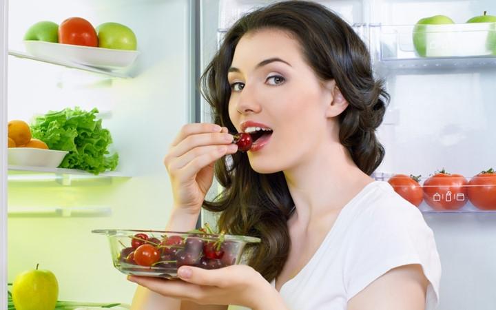 Thói quen ăn uống lành mạnh cũng giúp ích rất nhiều cho giấc ngủ ngon