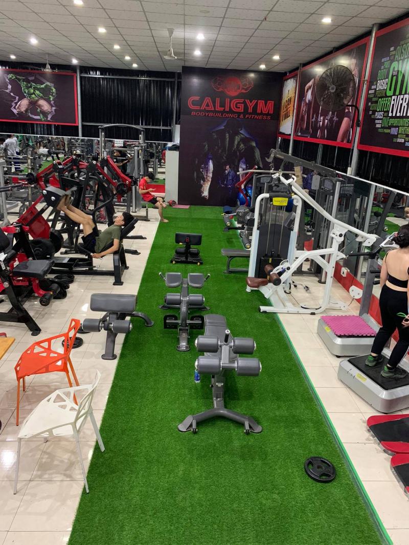 Cali Gym luôn chú trọng về phương pháp hướng dẫn luyện tập, đầu tư trang thiết bị máy móc hiện đại và đặt hiệu quả tập luyện của khách hàng lên hàng đầu