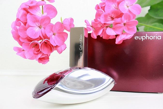 Calvin Klein Euphoria mang vẻ đẹp của một bông hoa chớm nở