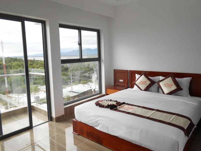Cam Ranh White Sand Hotel