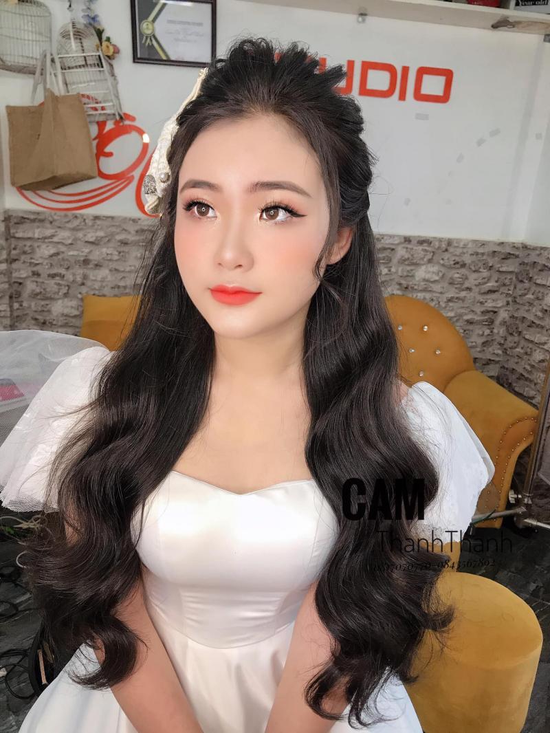 Cam Thanh Thanh make up (Studio cô dâu xinh NT)