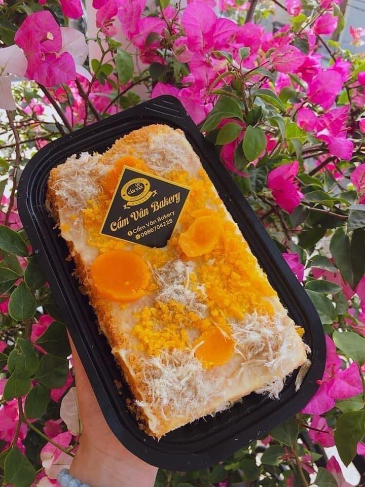 Là món bánh mặn ngọt siêu hợp miệng này lại được biến tấu cầu kỳ và trở nên vô cùng hấp dẫn