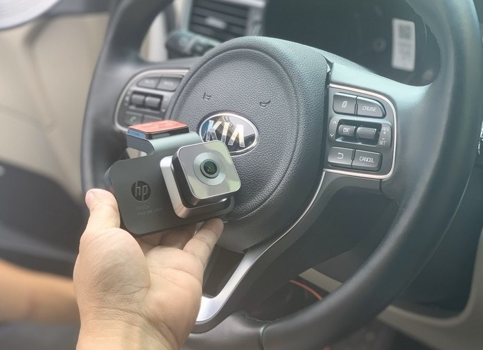 Camera hành trình HP F960X WIFI, GPS màn hình 3 inch