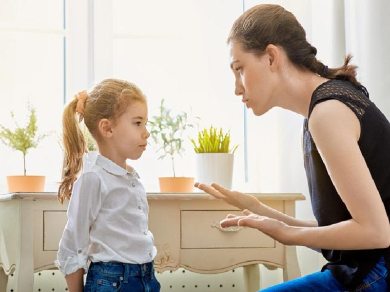 Cha mẹ cần có nguyên tắc khi phạt con.