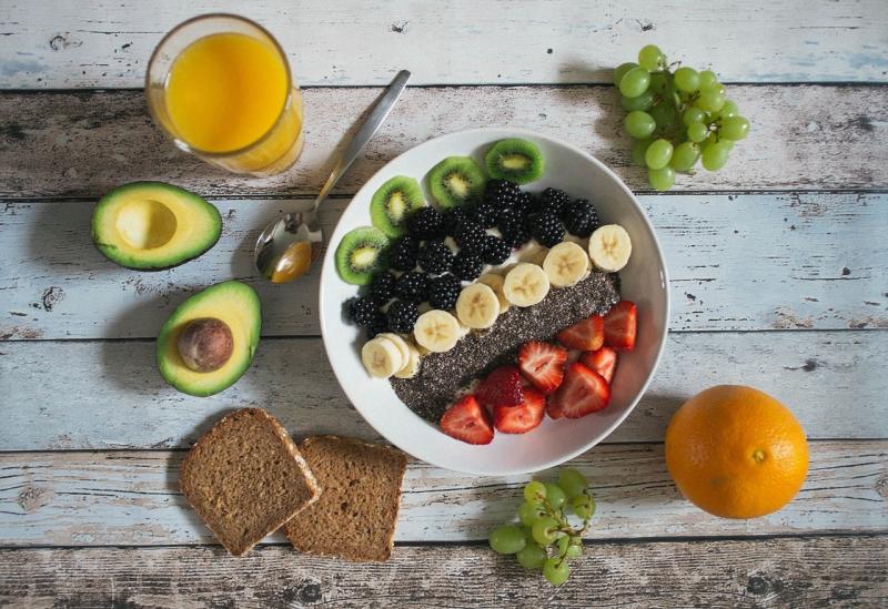 Chuẩn bị các bữa ăn nhẹ để đảm bảo lượng đường trong máu luôn ổn đinh