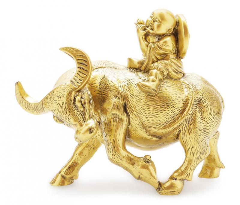 Nên chọn những món quà ý nghĩa, trang trọng nhưng phải phù hợp với khả năng tài chính của mình.