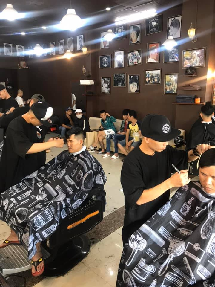 Cảnh Barber Shop
