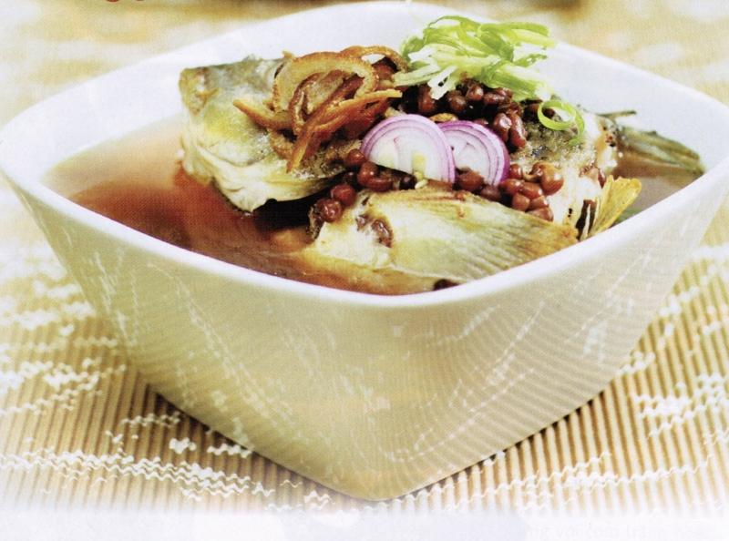 Canh cá chép đậu đỏ thơm ngon hấp dẫn cho người bệnh