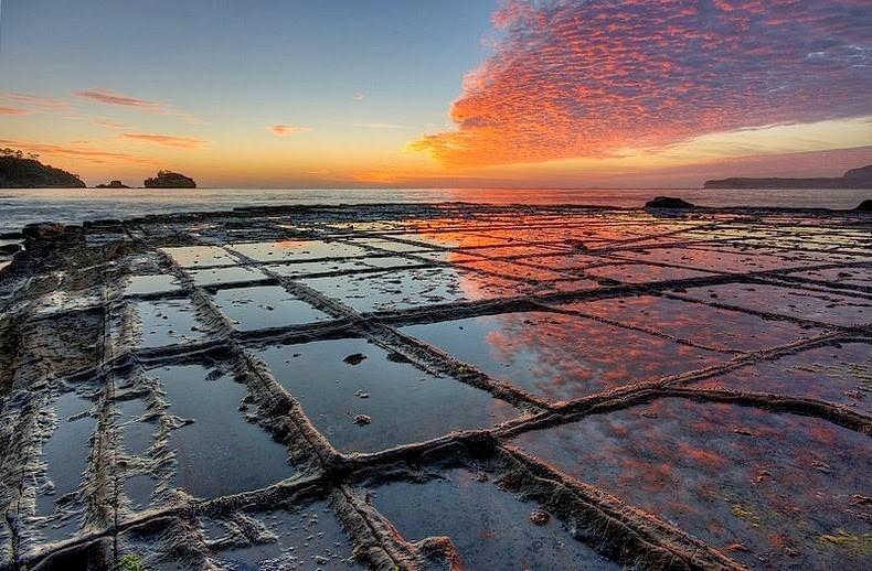 Cánh đồng đá tự nhiên tại Tasmania