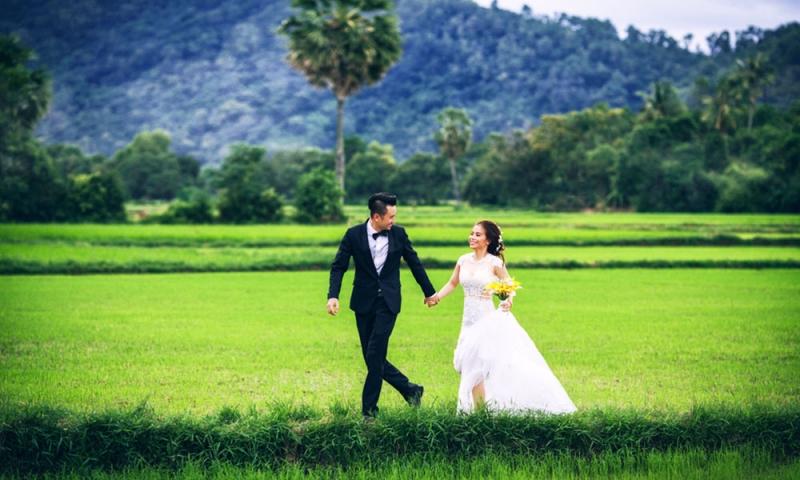 Ảnh cưới chụp tại cánh đồng Tà Pạ