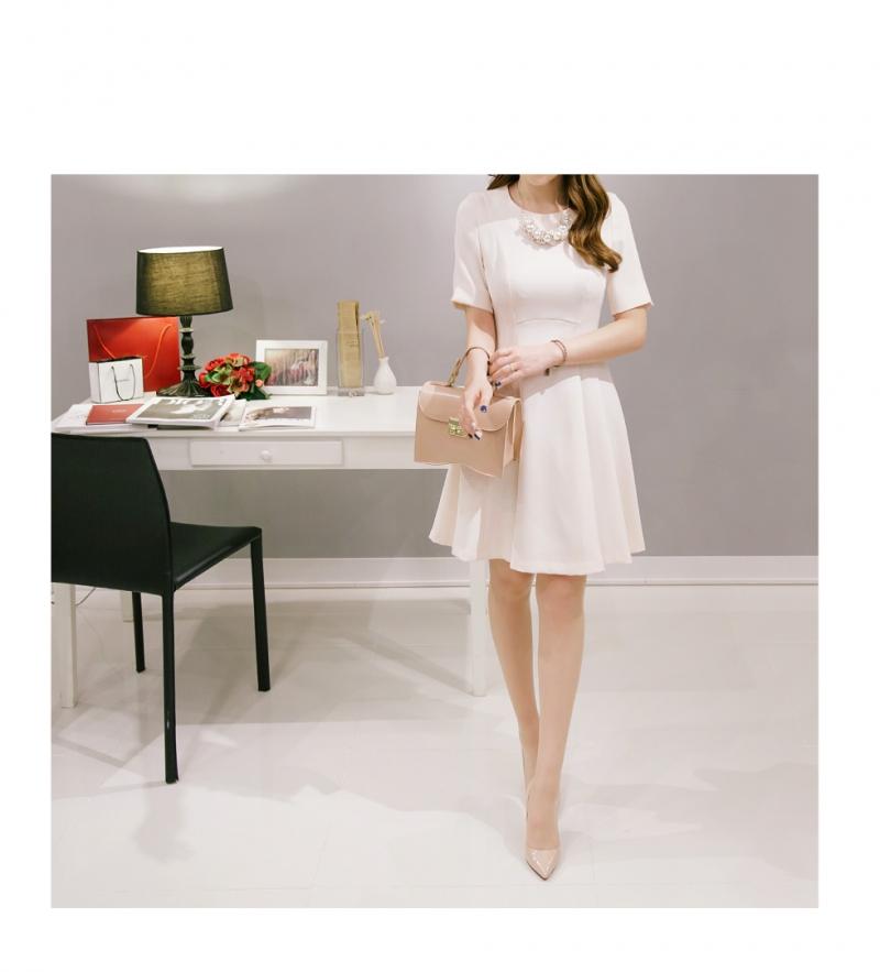 Váy liền thân Hàn Quốc DR250327 (hình ảnh lấy từ website của shop)