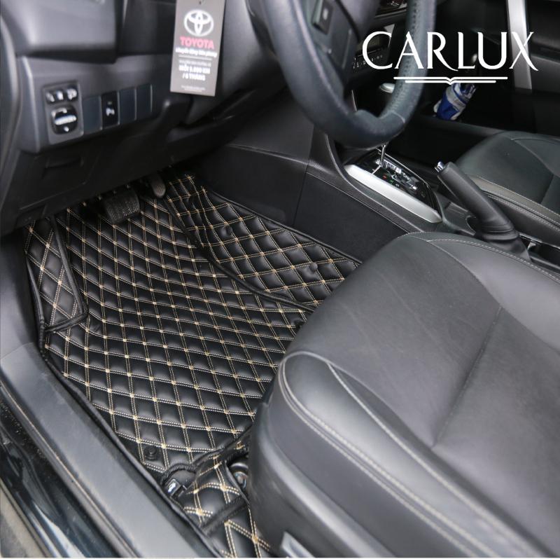 Thảm lót sàn Premium đen chỉ vàng ánh kim lịch lãm của Carlux