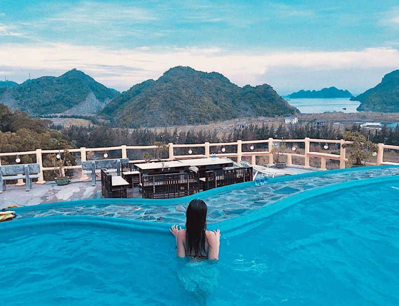 View bể bơi cực sang chảnh