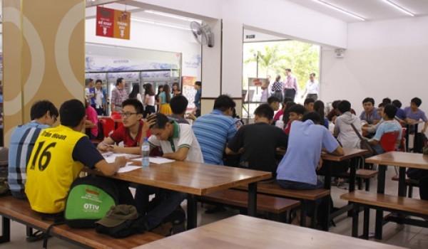 Canteen ĐH Bách Khoa