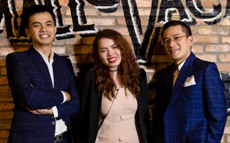Ba đồng sáng lập Small Vacancy Lai Hồng Lĩnh, Trương Thoại Yến và Nguyễn Thế Hiếu.