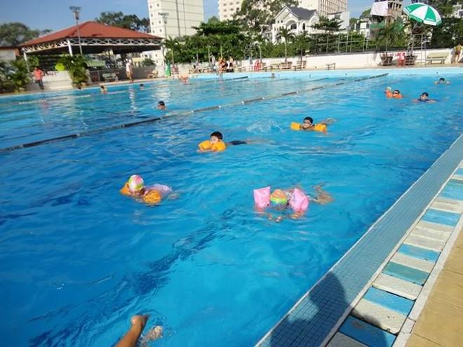 Câu Lạc Bộ Bơi Lội Lam Sơn