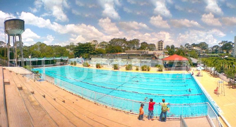 Toàn cảnh Câu Lạc Bộ Bơi Lội Lam Sơn