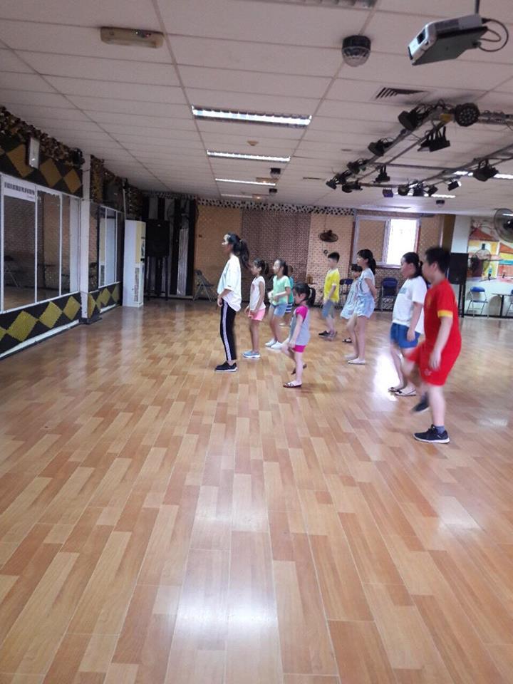 Câu lạc bộ khiêu vũ Thanh niên Hà Nội