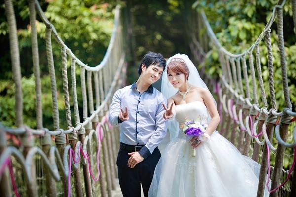 Chụp ảnh cưới tại cầu treo - Tam Đảo