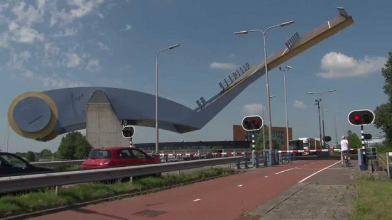 Cầu Slauerhoffbrug, thành phố Leeuwarden, Hà Lan