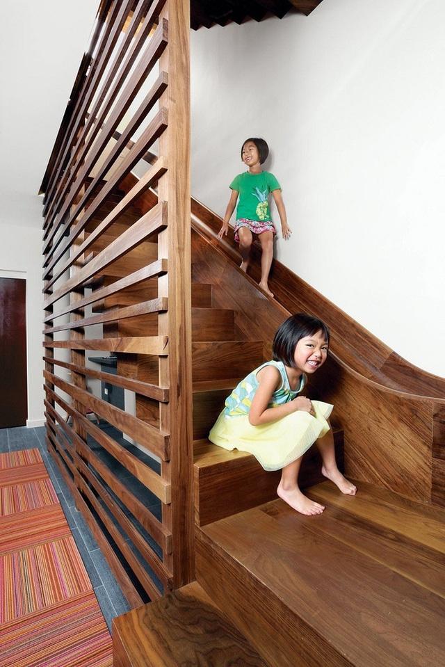 Cầu thang và trẻ không dành cho nhau