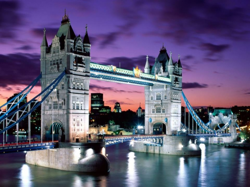 Cầu Tower ở  London của Anh