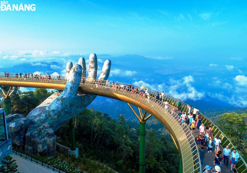 Cầu Vàng - Đà Nẵng, Việt Nam