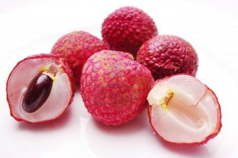 Vì hương vị thơm lừng, cùi vải dày và ngọt lịm khiến người ăn không thể cưỡng lại được.