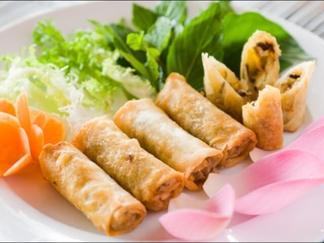 Chả dông là món đặc sản rất thơm ngon, giòn giòn, thịt ngọt lại đậm chất hồn quê dân dã.