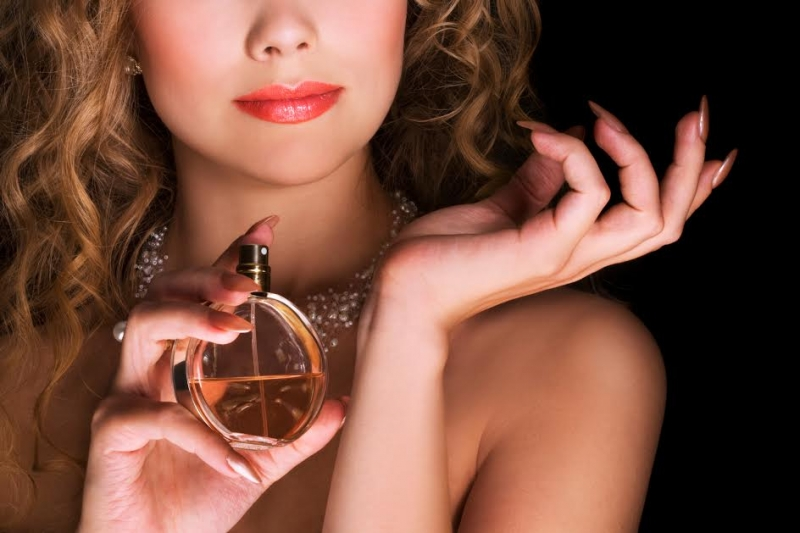 Top 12 Loại nước hoa phù hợp nhất dành cho cung hoàng đạo nữ
