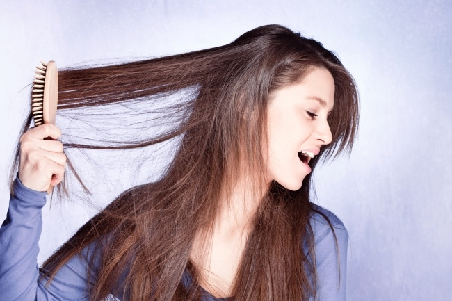 Đừng cố phá hỏng nang tóc của mình nhé (Ảnh: Internet)