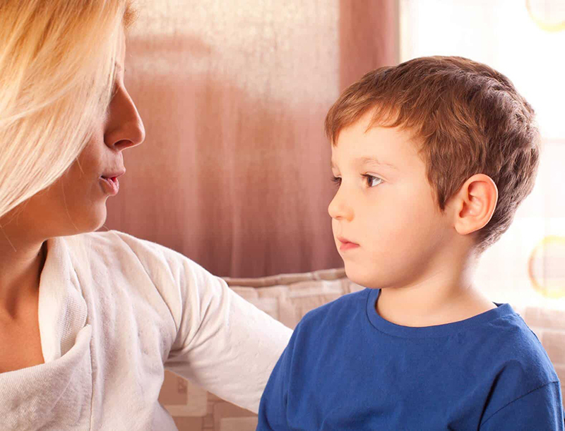 Trẻ tự kỷ thường chậm chạp