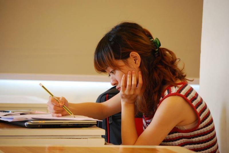 Học tập chăm chỉ không chỉ trong kì thi