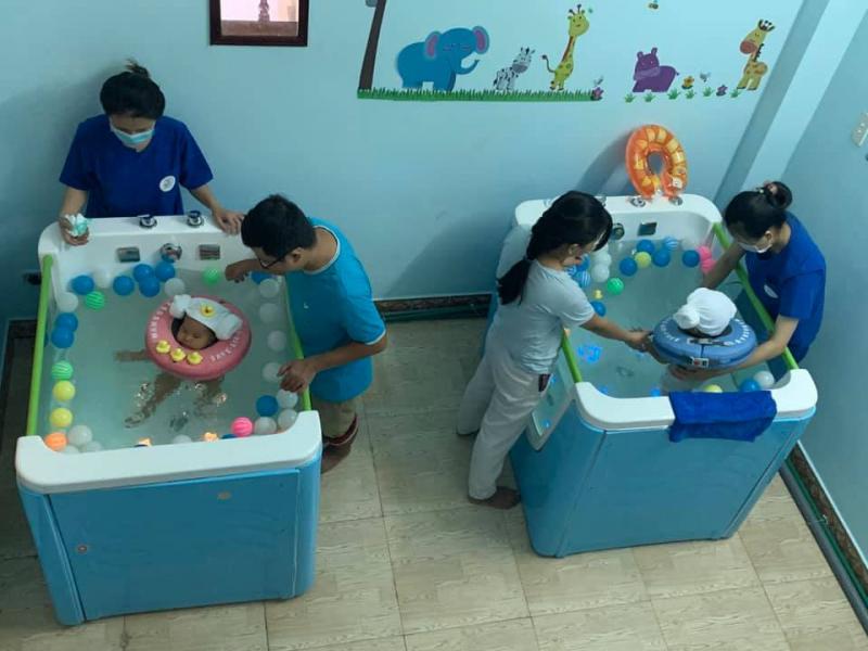 Chăm sóc mẹ và bé sau sinh tại nhà - Sunny care