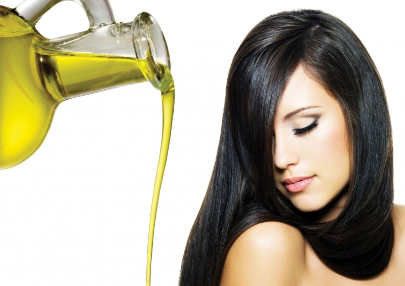 Chăm sóc tóc với dầu olive cho mái tóc bóng khỏe