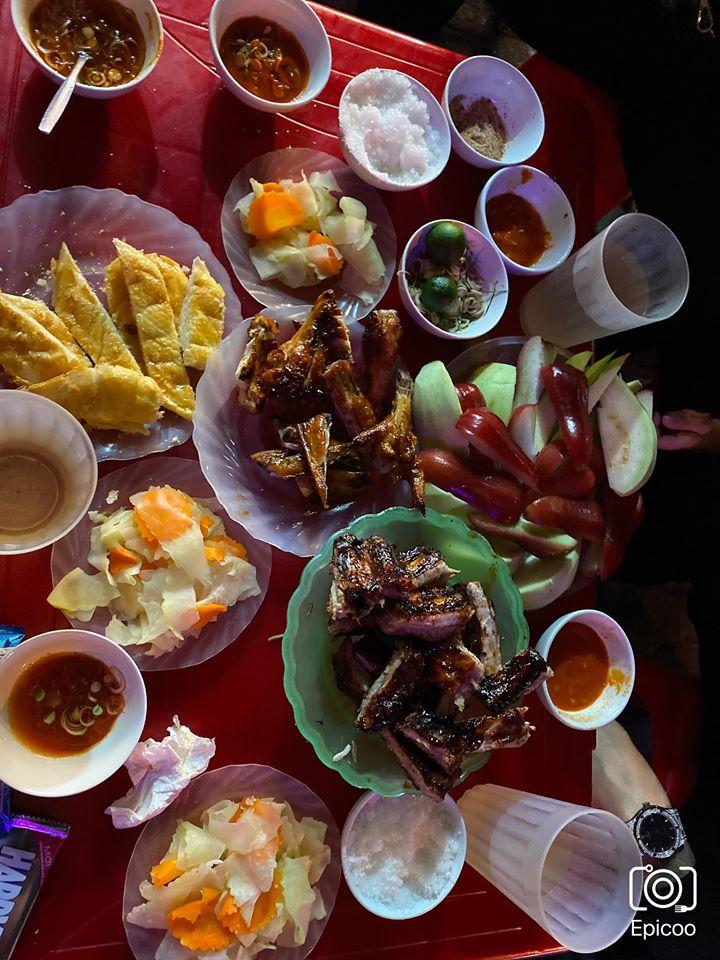 Chân gà nướng Quang Trung