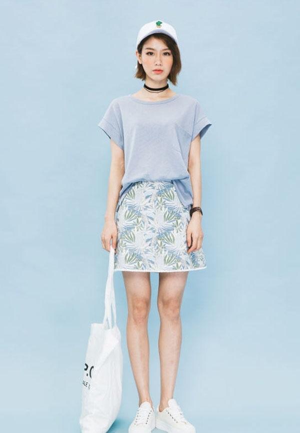 Chân váy mini họa tiết