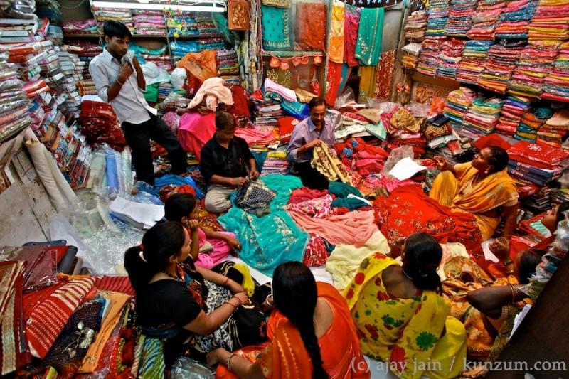 Hình ảnh đầy màu sắc ở chợ Chandni Chowk