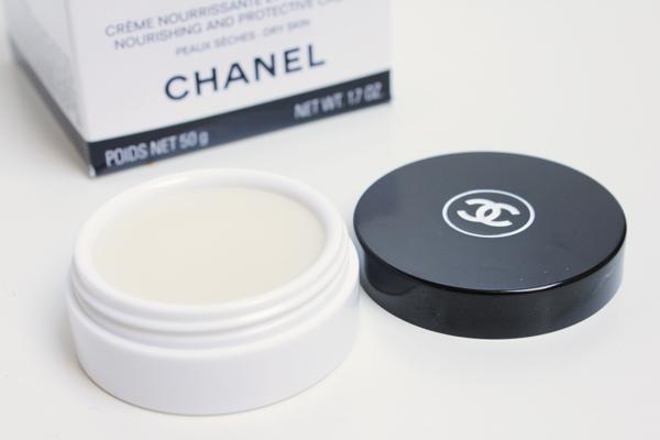 Chanel Hydra Beauty Nourishing Lip Balm