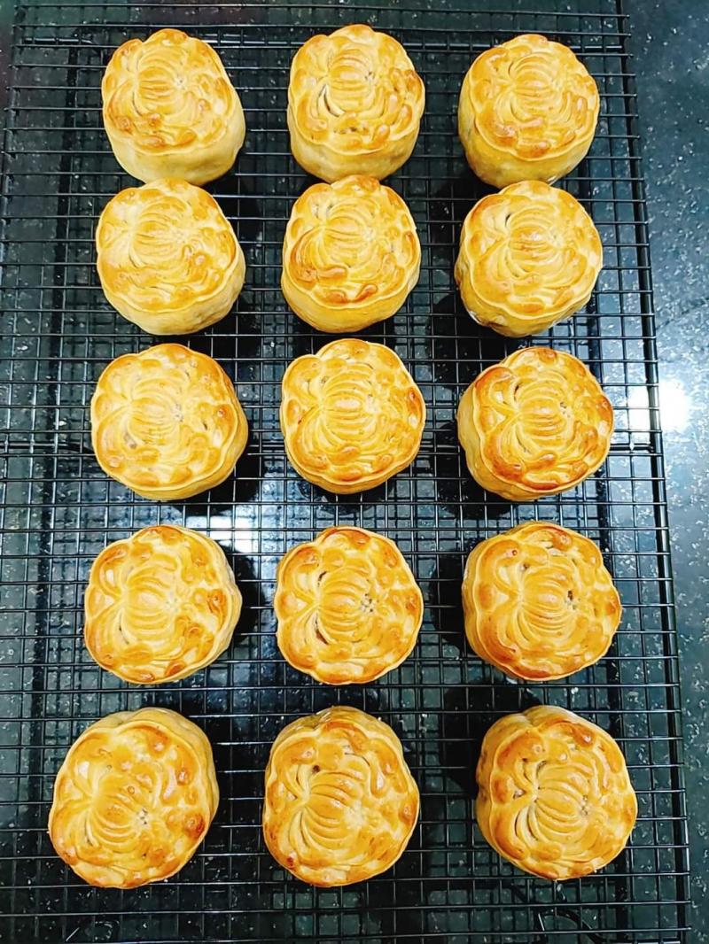 Bánh được làm tỉ mỉ và cẩn thận, nguyên liệu đầu vào lựa chọn kĩ lưỡng
