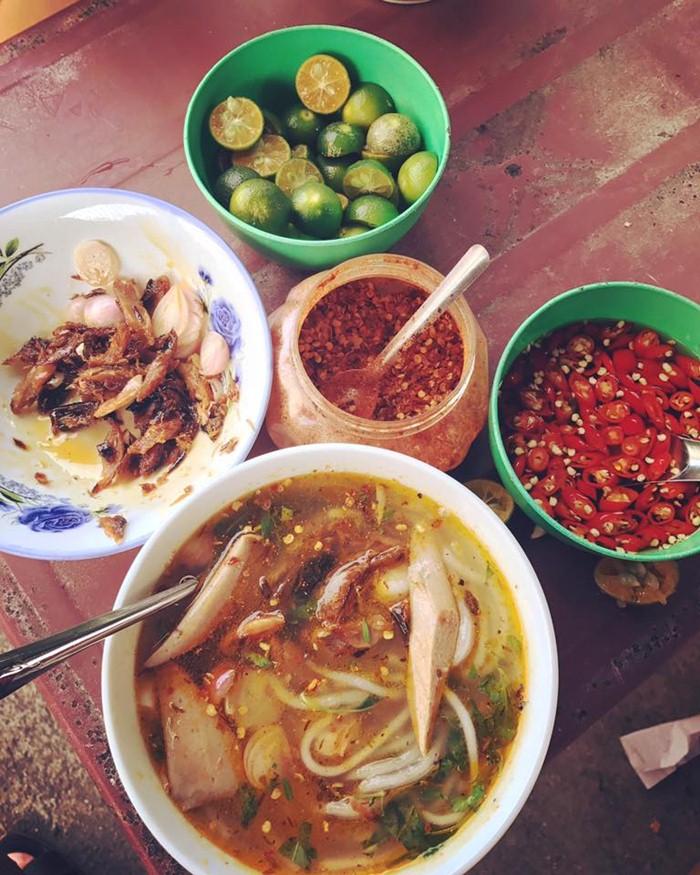 Cháo chờ Nam Ô góp phần làm nên vẻ đẹp ẩm thực của một vùng đất du lịch nổi tiếng