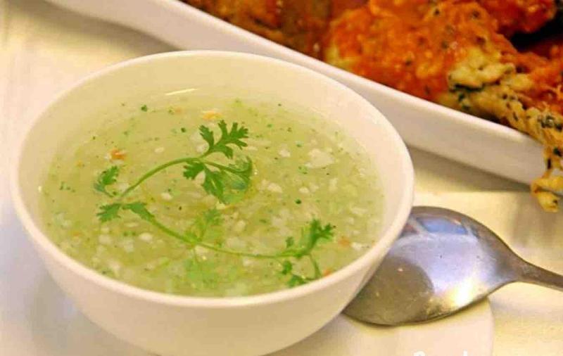 Cháo hoặc súp loãng