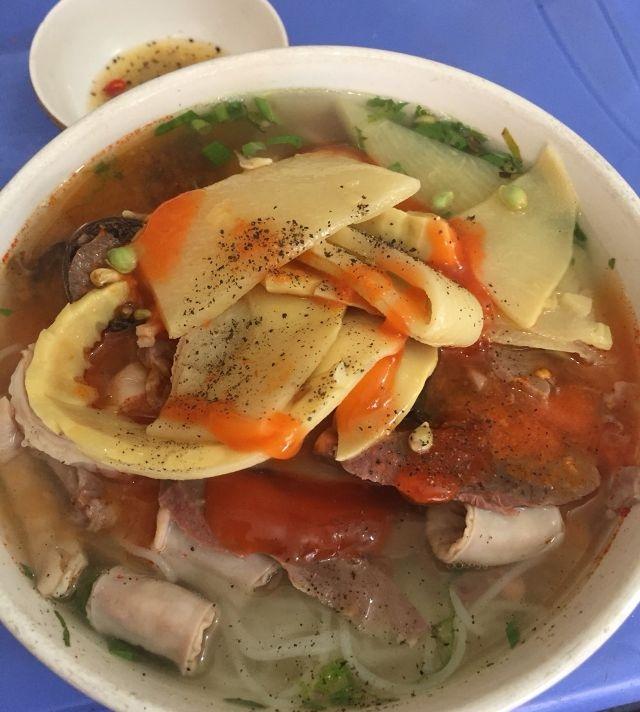 Cháo lòng - Trương Định (nguồn: lozi)