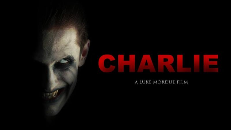 Nụ cười bí hiểm của Charile