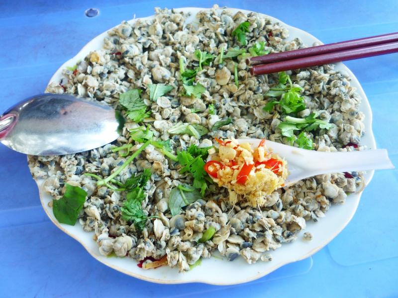 Chắt chắt xào đặc sản Quảng Bình