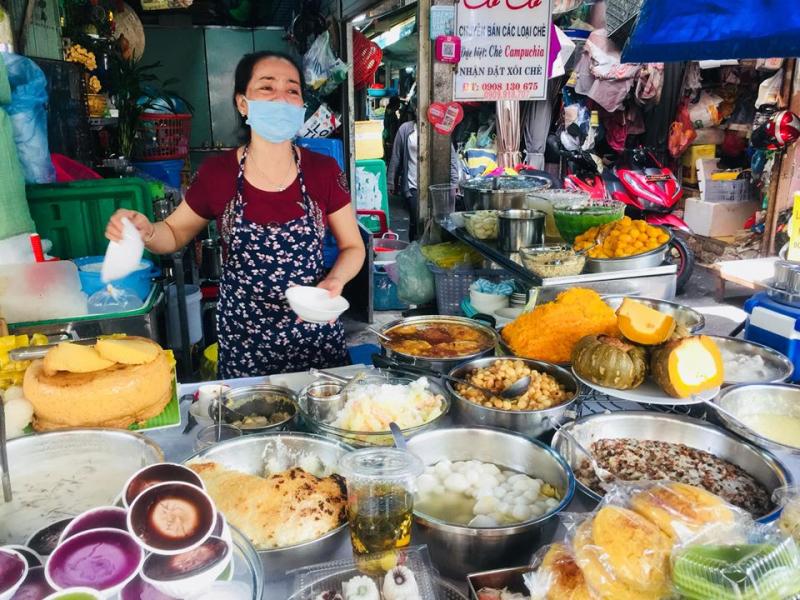 Chè Campuchia cô Huôi