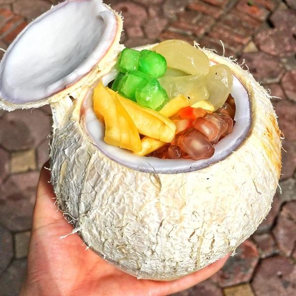Top 7 Món ăn vặt từ dừa được yêu thích nhất ở Hà Nội - Toplist.vn